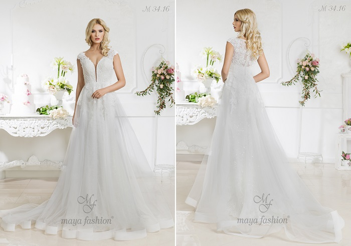 M34.16 - O rochie ce iti va pune in valoare atitudinea visatoare si romantica.