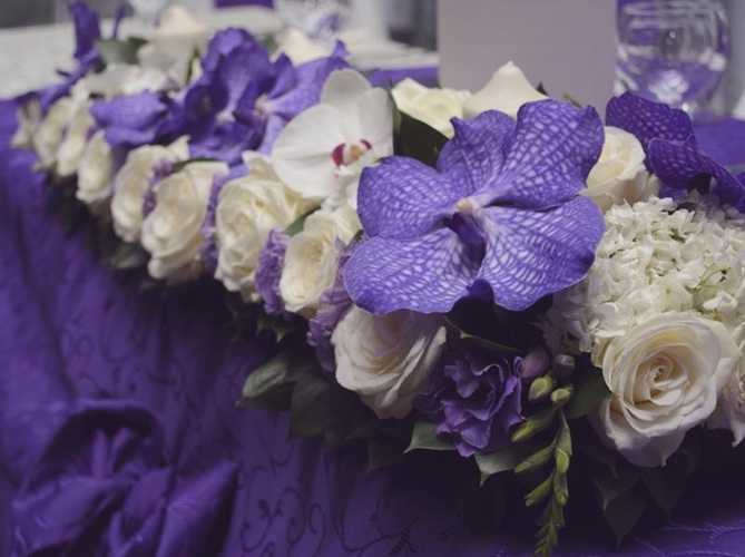 prezidiu trandafiri, orhidee vanda, hortensie, orhidee phalaenopsis, lisianthus,frezii(9)