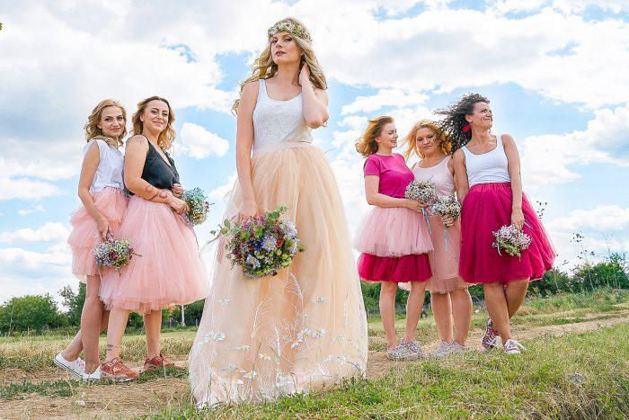 tinute domnisoare de onoare nunta in vie almira events